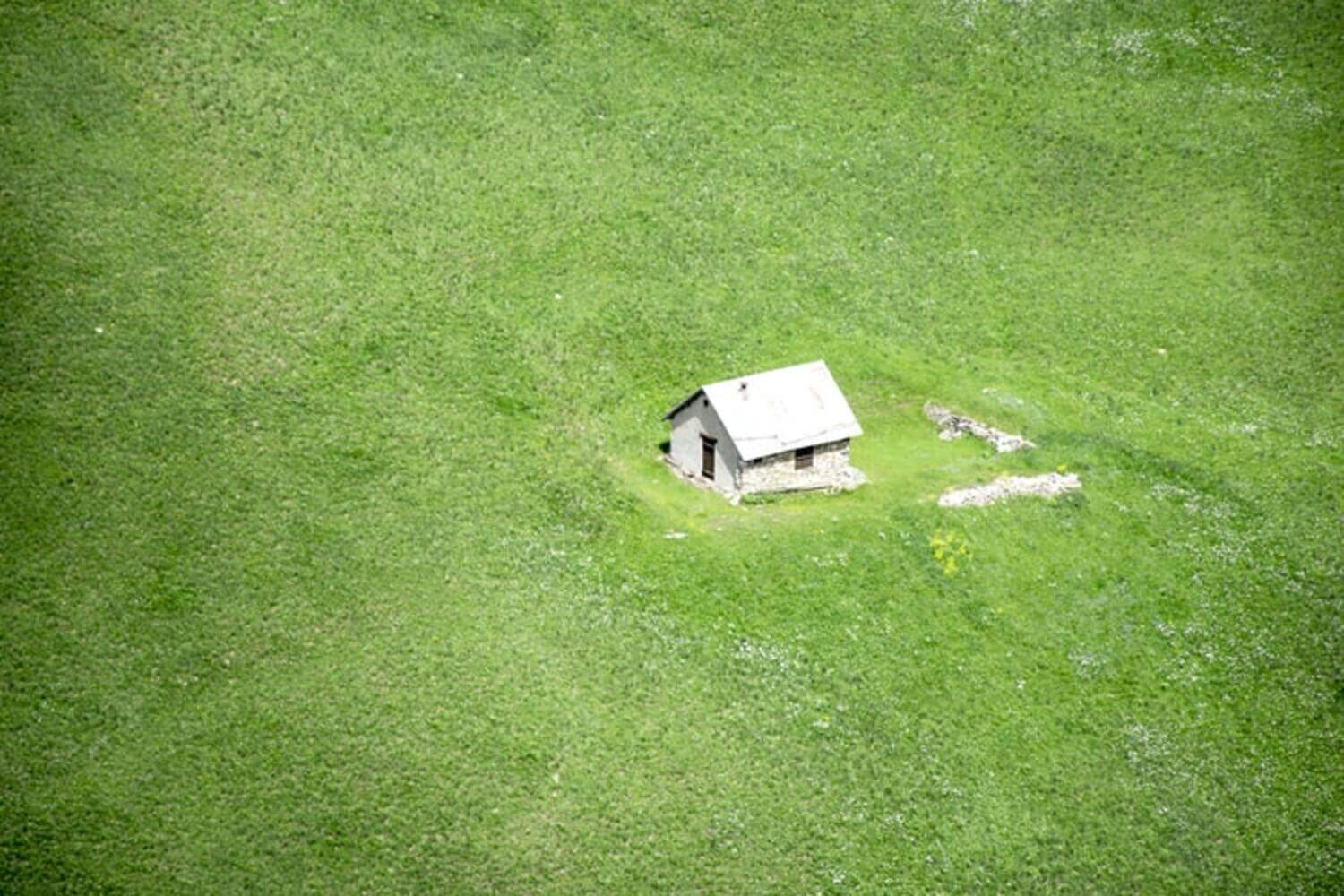 7 Things to Consider When Living Off-Grid